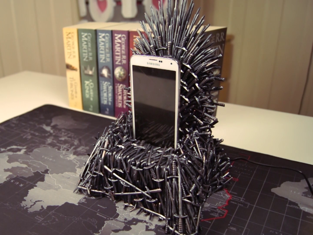 Diy Super Awesome Iron Throne Phone Charger And Step By